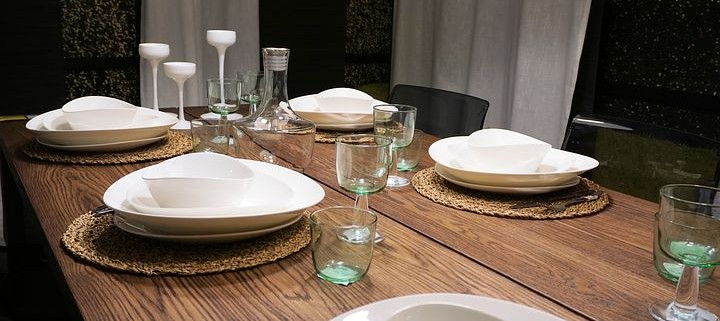 table-1956498__480